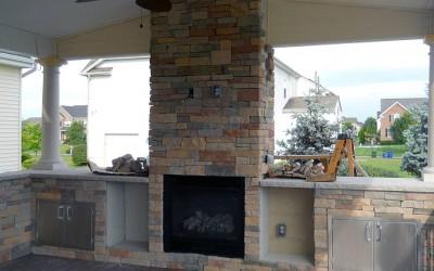 outdoor_fireplace_voorhees_nj_hardscaping